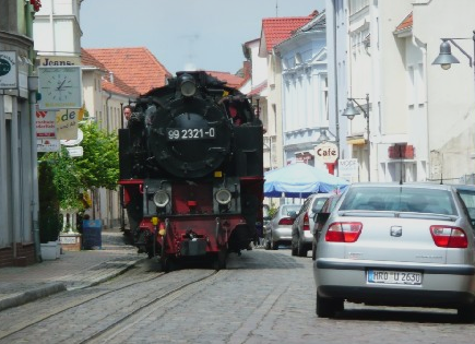molli_street