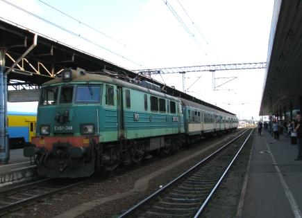 slow_train