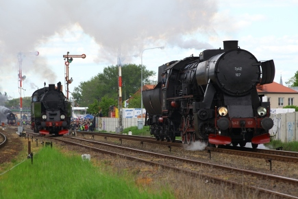 Chabowka based Ty42-107 and TKt48-191 during the Parade, 3 May 2014.